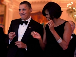 Breitbart_barack_michelle_dancing_wh_photo