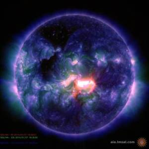 2D11056075-130107-coslog-sun3_blocks_desktop_large