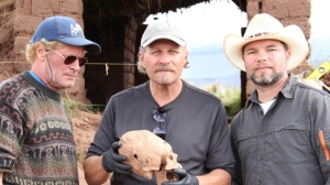 Marzulli_l-a-elongates-skull-with-brien-and-aaron
