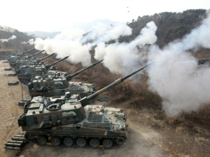 2014_south-korean-artillery-reuters