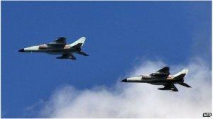_71432046_71432007China_warplanes